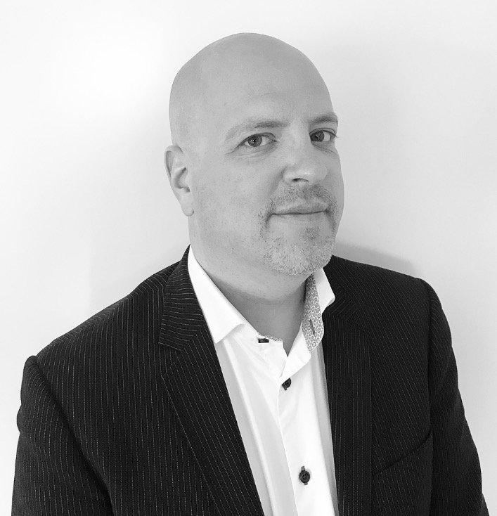 Tobias Bernström